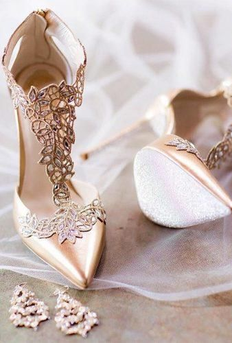 Here are 57 homecoming shoes to match your gorgeous Homecoming dress that you can wear even after your special night! Find the shoes that work best for you! heels 60 Cute Homecoming Shoes To Look Pretty Cute Shoes, Me Too Shoes, Pretty Shoes, Crazy Shoes, Fancy Shoes, Dream Shoes, Style Glam, Beauty Style, Gypsy Style