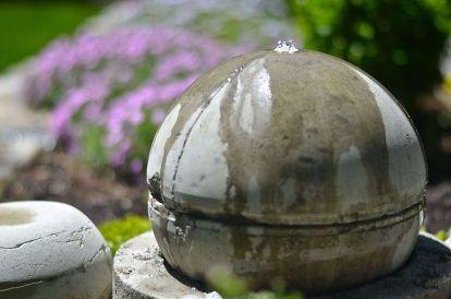 Diy Garden Fountain Diy Fountain Diy Garden Fountains Solar Fountain