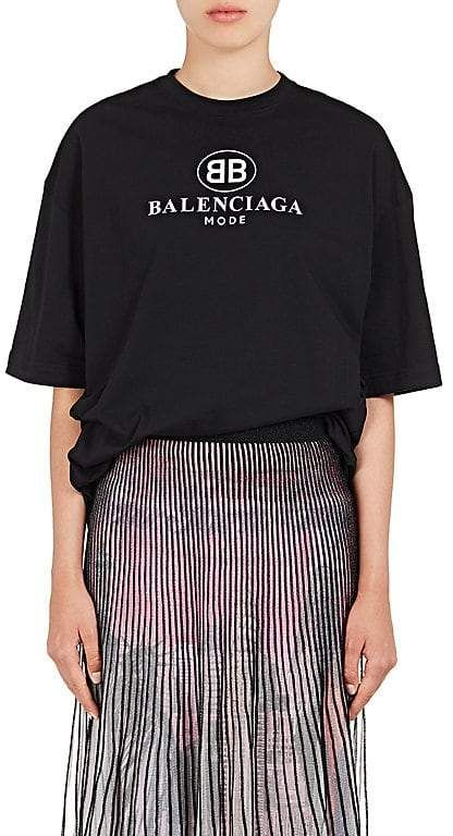 bd5c9c1302fd Women's Logo-Print Cotton T-Shirt #features#style#sporty | women's ...