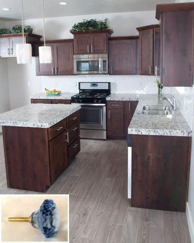 Dark Light Oak Maple Cherry Cabinetry And Kitchen Cabinet Wood For Sale Check Pin For Various Woo Kitchen Interior Cherry Cabinets Kitchen Kitchen Design