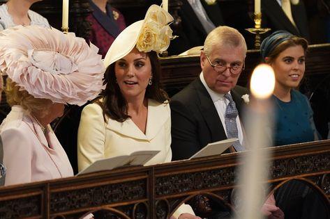 Royal Wedding Live What Kate Middleton Wore To Prince Harry And Meghan Markle S Wedding Prinz Harry Hochzeit Konigliche Hochzeit Herzogin Camilla