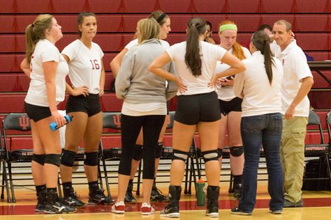 Grenadiers Stay Red Hot Increase Winning Streak To Seven Games Volleyball Team Seventh Red Hot