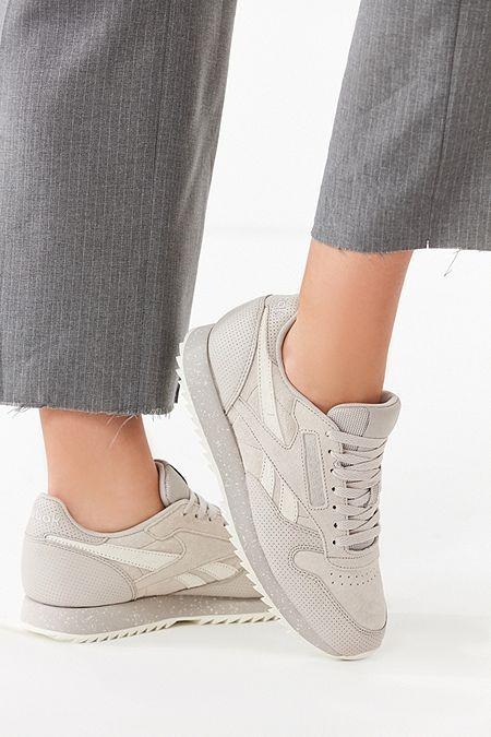 Reebok Classic Suede Ripple Sneaker