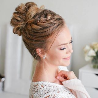 Fishtail French Braid High Bun Tag A Friend That Would Love This Look Missysueblog Medium Hair Styles Formal Hairstyles Updo Up Dos For Medium Hair
