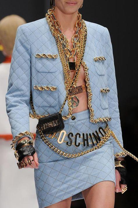 RTW Spring 15 -Moschino RTW Spring 15 - Moschino Fall/Winter ウィメンズ コレクション - ファッションプレス Moschino f/w 2014 Womens Handbags & Bags : Moschino Fashion show & more details VFILES