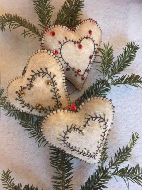 Elegant Felt Heart Ornament Gift Decoration Elegant Felt Heart Ornament Gift Decoration Presents: Christmas is coming Christmas or the Christ festival, the Event of. Sewn Christmas Ornaments, Felt Christmas Decorations, Christmas Sewing, Felt Ornaments, Handmade Christmas, Beaded Ornaments, Christmas Nativity, Handmade Ornaments, Christmas Projects