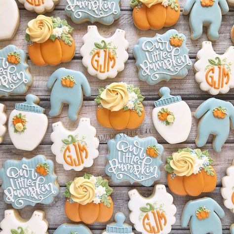 sometimes when i'm working on a set I can immediately tell its going to be my new favorite. and here we are 😍 cutter shops are tagged,… fall pumpkins baby Otoño Baby Shower, Baby Shower Cupcakes, Baby Shower Fall Theme, October Baby Showers, November Baby, Baby Cookies, Sugar Cookies, Heart Cookies, Valentine Cookies