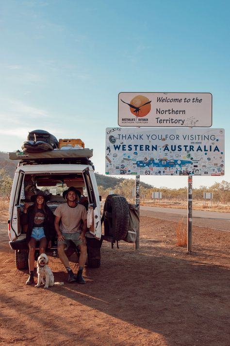 Discover the best vehicle for off-road vanlife in Australia and how to manage traveling with a pet in the national parks, explaind by local vanlifers Jas. Western Australia, Australia Travel, South Australia, Mini Van, Outback Australia, Kombi Home, Saint Nazaire, Camping Car, Gap Year