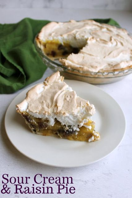 If This Sour Cream And Raisin Pie Tastes Like Something Your Grandma Would Make It S Because She Probably Would This Pie Is Sweet Creamy And Delicious With A In 2020