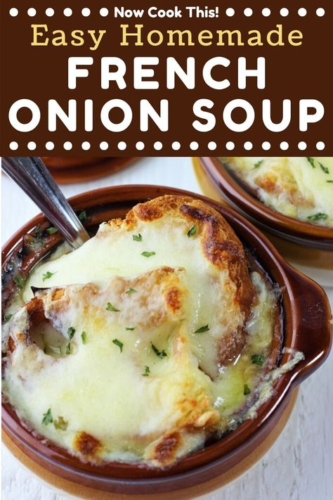 This Easy Homemade French Onion Soup has lots of yummy, sweet caramelized onions in a flavorful broth topped with toasted bread and gooey, melted cheese. It's super simple to make right in your own kitchen. Get the recipe and give it a try! Onion Soup Recipes, Easy Soup Recipes, Chili Recipes, Slow Cooker Recipes, Crockpot Recipes, Cooking Recipes, Recipes Dinner, Cheese Soup Recipe Easy, Easy French Recipes