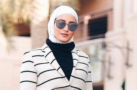 صور أجمل تصاميم ملابس محجبات 2021 صور أفضل ستايلات ملابس محجبات أنيقة أحدث صور تنسيق ملابس مجبات Fashion Hijab