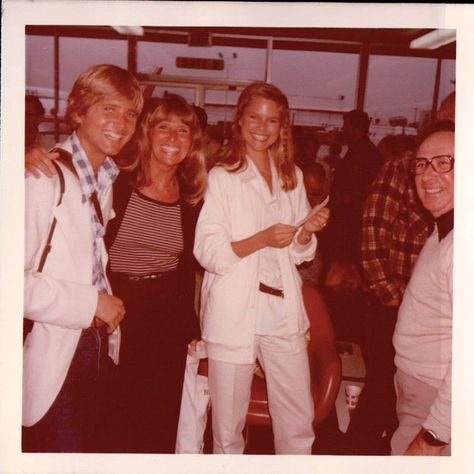 Greg, mom, Christie and Donald Brinkley #christiebrinkleyteen