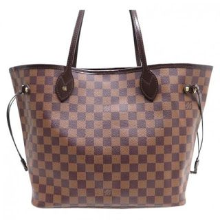 10 Must Have Fashion Accessories Tote Outfit Louis Vuitton Bag Neverfull Louis Vuitton