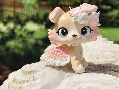 Lps Littlest Pet Shop Ooak Handpainted Custom Collie Dog Flower Crown In 2020 Lps Toys Lps Littlest Pet Shop Custom Lps