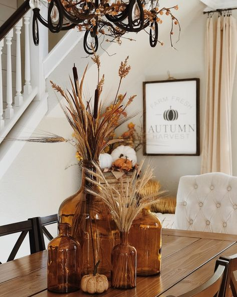 Fall neutral farmhouse home interior decor. Fall Table Centerpieces, Centerpiece Decorations, Decoration Table, Dining Room Centerpiece, Fall Dining Table, Autumn Table, Seasonal Decor, Holiday Decor, Fall Home Decor
