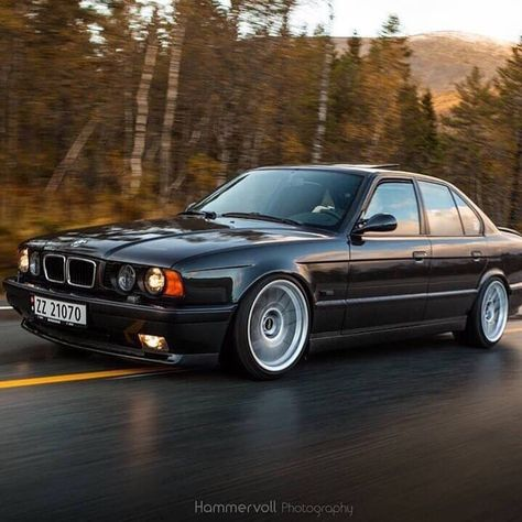 "BMW 5-SERIES E34 🔱 on Instagram: ""BMW E34 ❤️ Owner: ? ______________________ Follow:@bmwe34style  #bmw #bmwe34 #bmw540i #bmw520 #bmw525 #bmw530 #bmw535 #bmw540 #bmwm5 #bmwi…"""