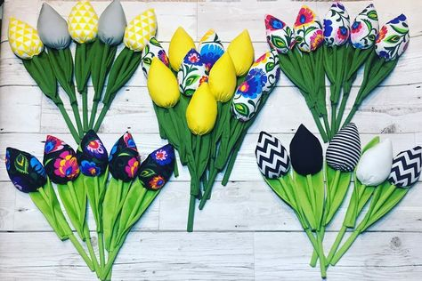 Tulips #diysewing #diy #diyideas #diyhomedecor #diycrafts #diycraft #craft #crafts #crafting #craftingideas #sewing #sewingmachine #sewingproject #sewinglovers #tulips #tulipany #tulips #tulipany #tulipanyzmaterialu #fabrictulipsflowers #fabricflower #fabricflowers #passion #hobby #tulipslover #tulipslovers #flowers #tulipany