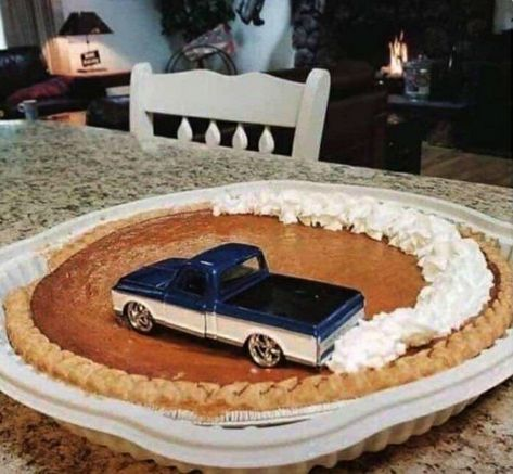 New Birthday Cake Recipe 46 Ideas Creative Cakes, Creative Food, Cake Cookies, Cupcake Cakes, Bolo Lego, Bolo Original, Funny Birthday Cakes, 16th Birthday Cake For Boys, 2nd Birthday