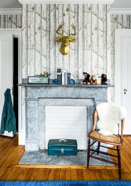 Woodsy Vibes - A Designer's Home That Takes Wallpaper To The Next Level - Photos