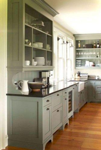 38 Impressive Farmhouse Kitchen Cabinet You Must Have Decorrea Com Farmhousekitchencolors Crown Moldi Bauernhaus Kuchenschranke Kuchenrenovierung Kuchenstil