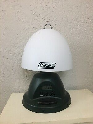 Vintage Coleman Deluxe Table Lamp Battery Operated Clock Alarm Camping Light Ebay Battery Operated Lanterns Battery Operated Clock Camping Lights