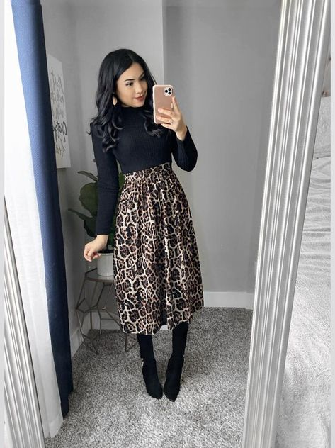 Modest, Modern, Chic and affordable dresses. – The Darling Style Modest Winter Outfits, Modest Church Outfits, Skirt Outfits Modest, Winter Fashion Outfits, Classy Outfits, Modest Fashion, Look Fashion, Church Outfit Winter, Winter Work Dress