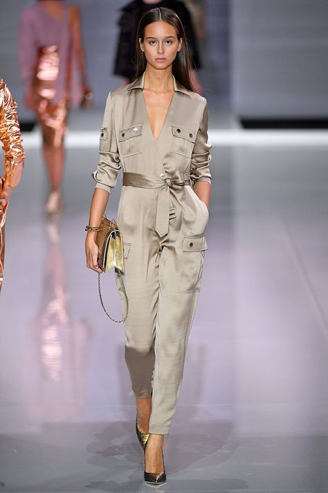 So silky champagne jumpsuit which would look great at any event - causal & party wear - SS18 Ralphh & Russo LFW #sleek...x