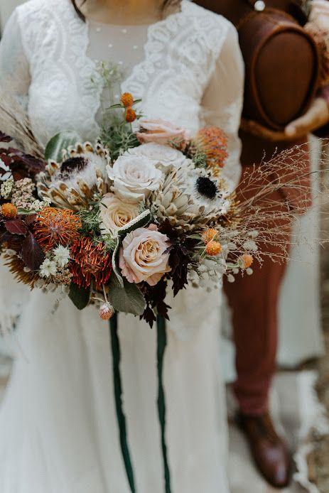 Planning: The Gathering Co. Photo: Brett & Jessica Photo Floral: Nature & Nurture Flowers #ncweddings #ncweddingvenue #raleighweddings #thebradford #fallwedding #outdoorwedding #weddingdetails #weddingflorals #weddingtux #weddingcolors #weddingdress #bradfordbride #bradfordcouple #bridalbouquet