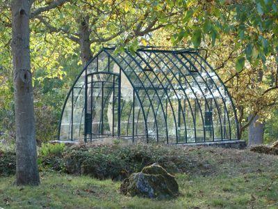 Les Serres De Jardin A L Ancienne En Fer De Christophe Maltaite Serre Jardin Serre Jardins