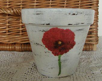 Flower pot: MODERN POPPIES
