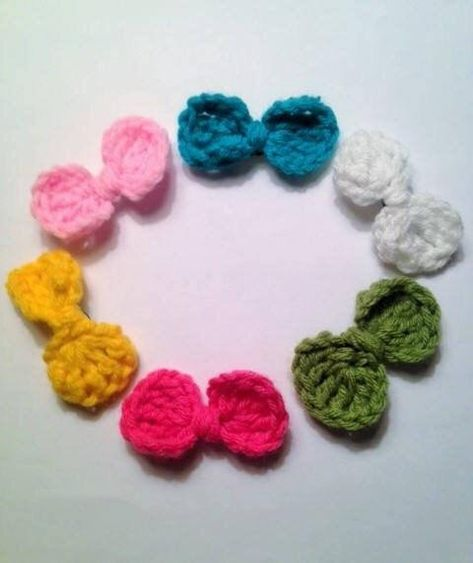 crocheted small girls hair bows clips