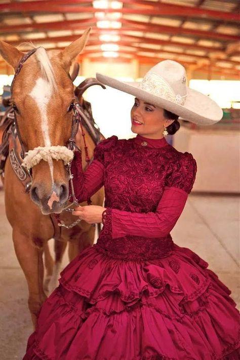 Escaramuza con su caballo