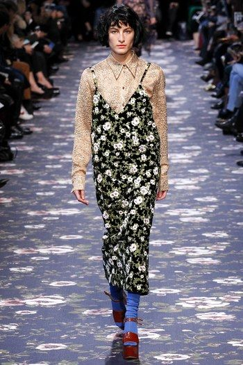 Rochas Fall 2016 Ready-to-Wear Collection - Vogue