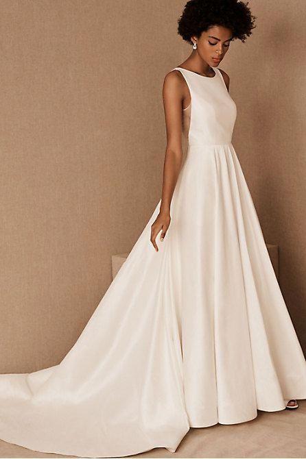 Weddingdresses In 2020 Dreamy Wedding Dress Wedding Dresses Plain Wedding Dress