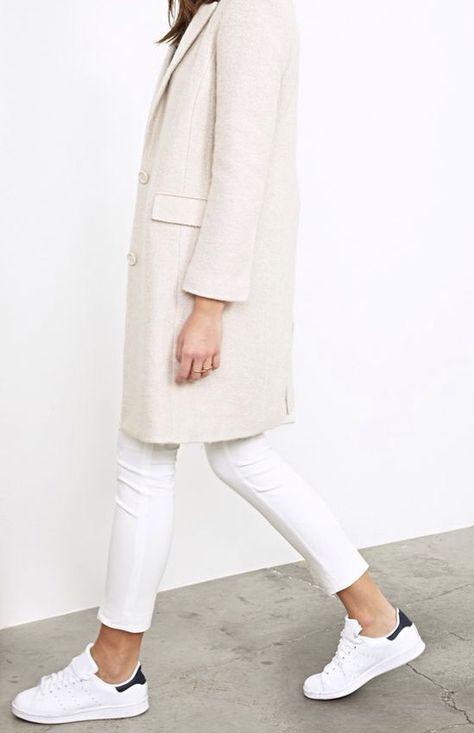 Weiße Sneaker kombinieren: Wir zeigen euch, wie ihr die Trendlooks günstig…