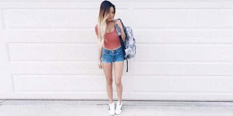 Outfits coquetos con shorts para llevar a la escuela