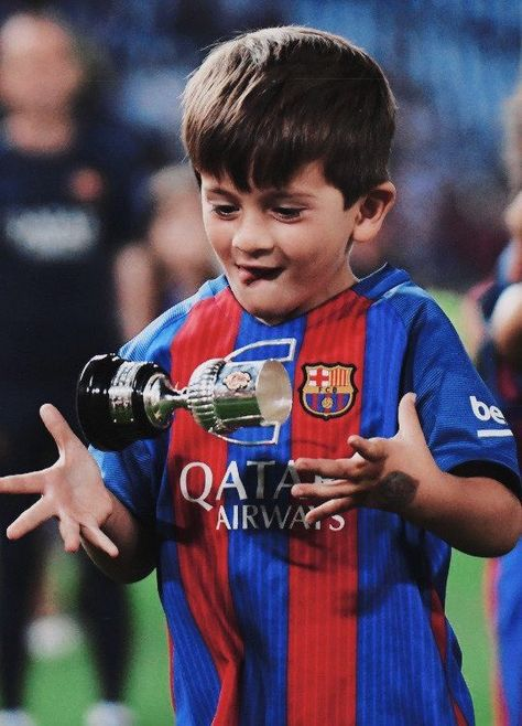 Leo Messi On Twitter Leo Messi Messi Football