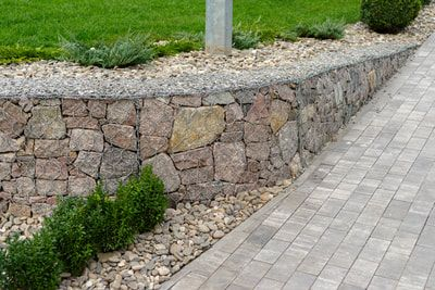 Pin By Darcie Tymon On Www Perthretainingwalls Net Au Backyard Renovations Concrete Retaining Walls Retaining Wall