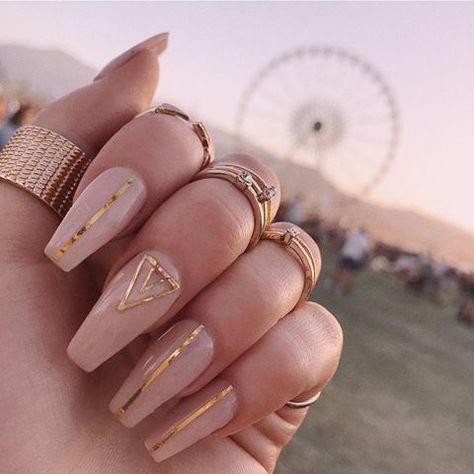 Boho Chic Nails #festivalnails #nailinspiration #blushnails