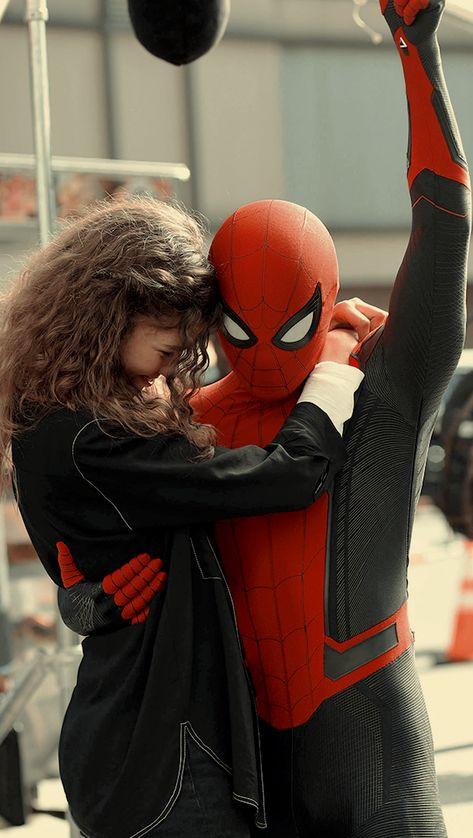 Spider Man uploaded by @MarvelousGirl94 on We Heart It
