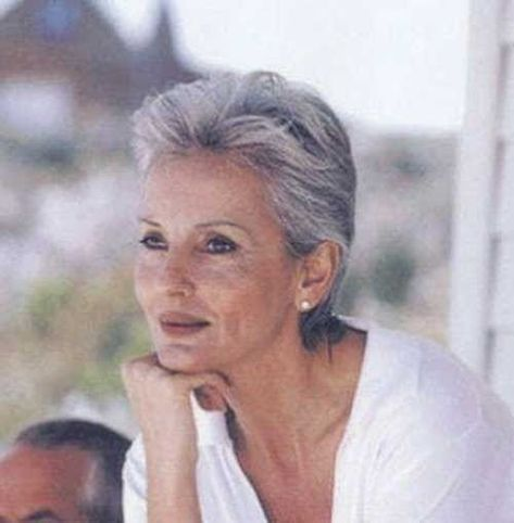Photo of Short Haircuts for Older Women 2018-2019 – The UnderCut