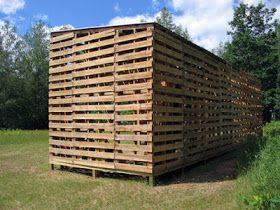 Mueblesdepalets Net Cabaña Construida Con Palets Casa De Palets Casa De Palés Proyectos De Palé De Madera