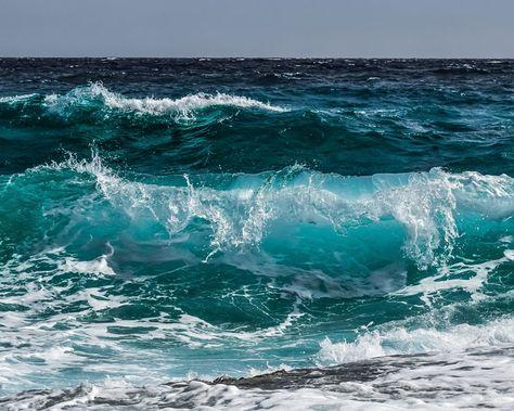 Dessin et peinture - vidéo 2696 : Comment représenter la mer et ses vagues en peinture ? - acrylique,huile - Le blog de lapalettedecouleurs.over-blog.com