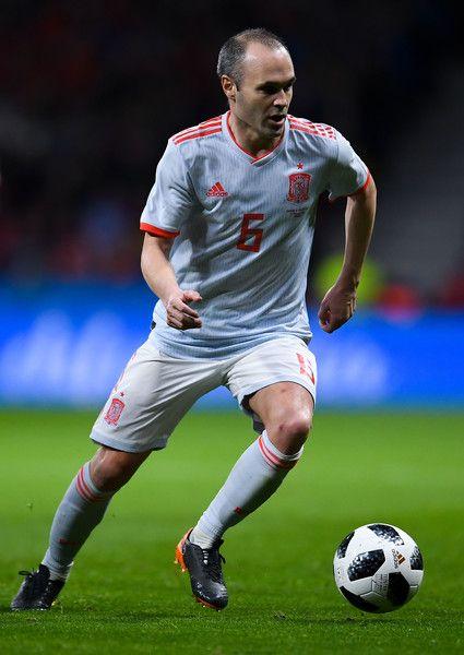 Andres Iniesta Photos Photos Spain Vs Argentina International Friendly Iniesta Iniesta Spain Andres Iniesta
