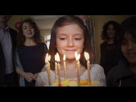 Watch As The Life Of This Girl Collapses In A Minute. Mira Como La Vida De Esta Niña Se Derrumba En Un Minuto.
