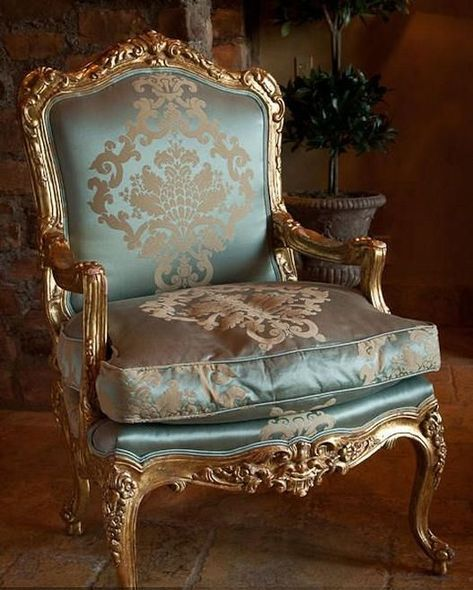 20 Luxury Classic Chair Designs With French Style Classic Chair