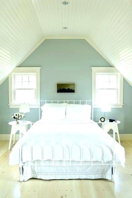 Slanted Walls In Bedroom Slanted Ceiling Bedroom Slanted Ceiling