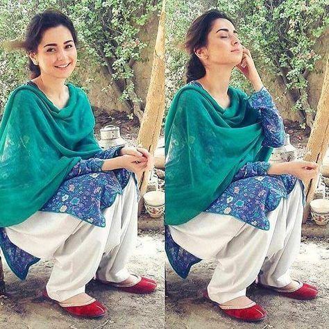 Recent click of Hania Amir on sets of Phir Wohi Mohabbat!