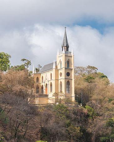 Capilla De Nuestra Señora De Lourdes Parque El Calvario Nuestra Señora De Lourdes Capilla Parques