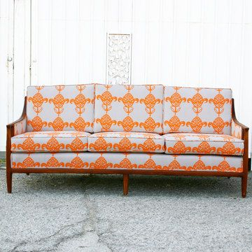 This Is A Vintage Sofa From The Mid 1900u0027s. I Donu0027t Know,